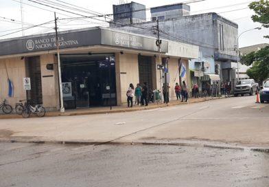 Muchas quejas de vecinos por funcionamiento de los cajeros